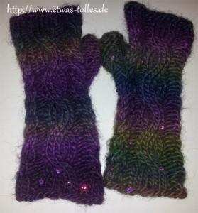 Armstulpen mit Zopfmuster lila I